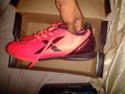 Futsal semi novo Tam 39 valor  65,00