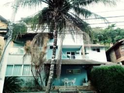 Camboinhas, condomínio, 3 Quartos, Suítes, piscina, sauna, Churrasq, quintal