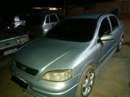 Vendo Astra Sedan - 2000