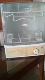 Máquina de lava louça