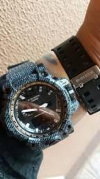 Relógio Gshock resistente á água