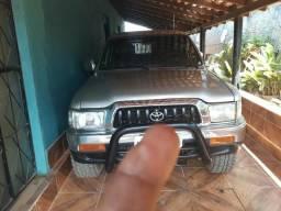 Vendo ou troco Hilux 2004 4x4 3.0 Turbo completa - 2004