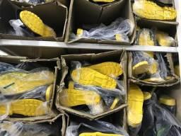 Botas em silicone