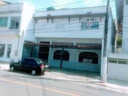 Casa Bairro de Lourdes. Próxima a Avenida Vitória e Marechal Campos