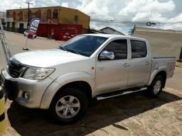 Camioneta hailux Flex automática banco de couro Câmara de ré.pego troca - 2012