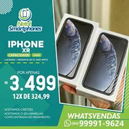 Iphone XR (4G) 64GB ( LACRADO ) PRETO/BRANCO OU VERMELHO *(1 ANO GARANTIA)*