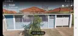 Aluga se casa Vila Xavier em Assis-sp