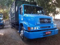Caminhão 1620 boiadeiro 2003