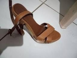 Vendas de Sapatos diversos bem consevados( promoção)