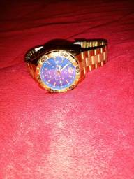 Relógio marca condor