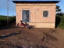 Vende-se uma casa em Mojui dos Campos