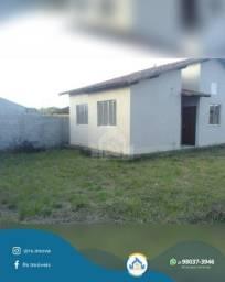 Casa de 3 Quartos Pronta para Morar Dentro de Condomínio Fechado