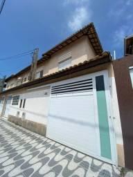 Casa Geminada Com 2 Dormitórios   100Mil de Entrada e Mensais de 1.965 Reais