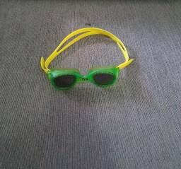 Óculos de Natação Tyr Small Original Semi-novo - Lente Fumê