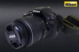 Nikon D5200 kit lente Nikkor AF-P DX 18-55mm f/3.5-5.6G VR