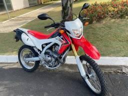 Crf 250L ano 2013 raridade moto única !! A mais nova do Brasil !!