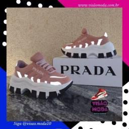 Tênis Prada Rose refletido