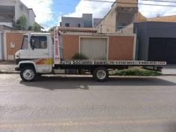 Caminhão 3/4 608 Prancha / Guincho