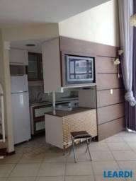 Apartamento à venda com 1 dormitórios em Alphaville, Barueri cod:628910