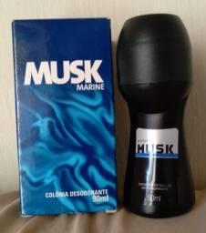 Colônia Desodorante  Musk