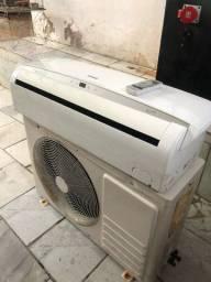 Título do anúncio: Ar condicionado inverte 12.000 btus instalado 68% de economia de energia