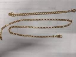 Vendo conjunto, colar e pulseira banhada a ouro