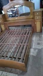Linda cama de madeira entrego