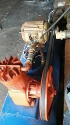 Compressor 12 pés trifasico vendo ou troco por moto