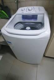 Vende se Maquina de Lavar Eletrolux Semi nova