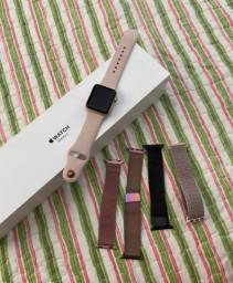 Vendo relógio da Apple usado com marca de uso