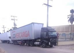 Vende-se Caminhão Volvo