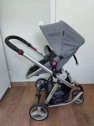 Carrinho de bebê Mobi Safety 1st com bebê conforto