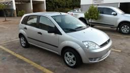 Fiesta 1.0 Completo - 2004