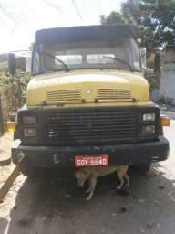 Caminhão carroceria 1980