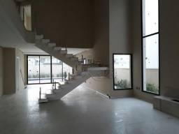 Belissima Casa 4 suítes - Piscina - Jardim do Golfe - 370m2 construção