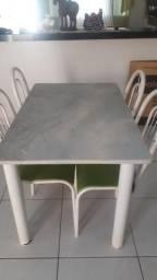 Vende-se mesa de mármore