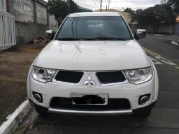 Mitsubishi triton L200 3,2 - 2013