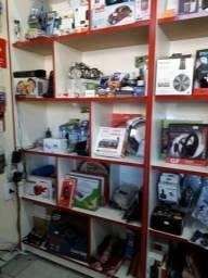 Vendo toda instalação de loja de Variedades em Informática e celulares (menos o ponto)