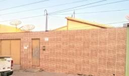 ALUGA-SE grande casa na Academia das Cidades Centro/FLORESTA-PE