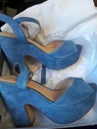 Vendo sandália Arezzo