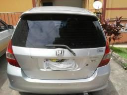 Carro de garagem vendo ou troco por modelo mais novooucorola Automático vouto diferenca