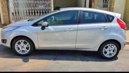 Ford New Fiesta 1.6 Hatch 16v Flex 4P Manual 2014