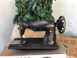 Maquina singer antiga