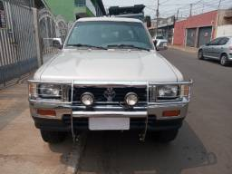 Reliquia: Hilux sr5 2.8 4x4 diesel ano 2000 modelo 2001