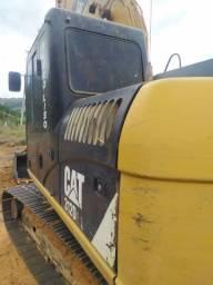 Vende-se Escavadeira hidráulica 312D2