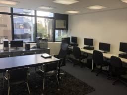 Tres Cadeira de escritório diretor giratória corino preto por 500 reais