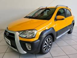 Toyota Etios 1.5 Cross 2014 Completo