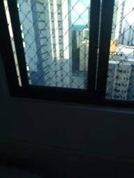 Apto mobíliado C/01 qto em prédio de porte da Setúbal.