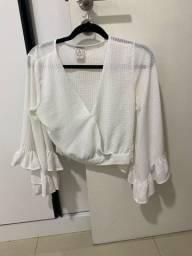Vendo Blusa branca semi nova