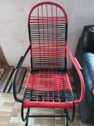 Cadeiras Reformadas e reforçadas por encomendas.